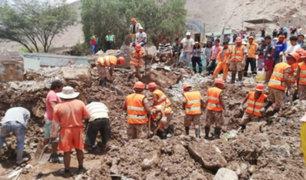 Más de mil miembros de las FFAA ayudan a poblados afectados por huaicos