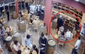 Surco: revelan imágenes de violento asalto a restaurante en Chacarilla