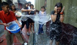 Agua desperdiciada en carnavales equivale al contenido de 30 piscinas olímpicas