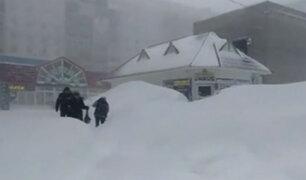 Rusia soporta nevada no vista hace 140 años