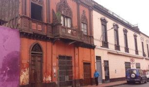 Balcones del Centro de Lima continúan en estado de abandono