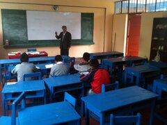 77% de los jóvenes abandonan sus estudios por problemas económicos