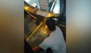 Surco: cliente de centro comercial quedó atrapado en escalera eléctrica