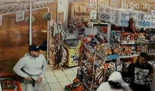 Surco: delincuentes armados asaltan minimarket y se llevan más de 2 mil soles