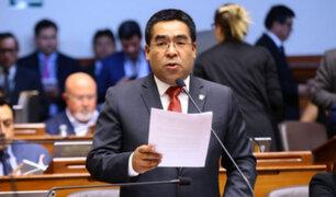Alberto Oliva presenta su renuncia al partido Peruanos por el Kambio