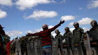 Venezuela: denuncian muerte de 2 indígenas que defendían ingreso de ayuda humanitaria