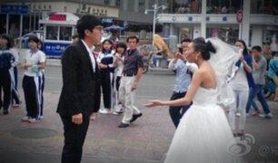Vestida y alborotada: hombre abandonó a su prometida por insólito maquillaje (FOTOS)