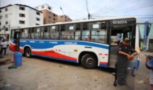 La Victoria: policía frustra asalto a pasajeros de bus de transporte público