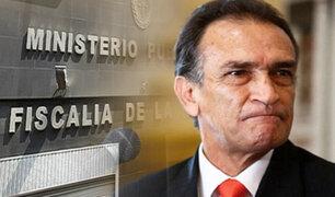Fiscalía confirma investigación preliminar contra congresista Héctor Becerril