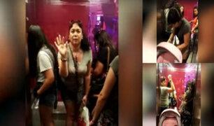 Hombre es impedido de ingresar con su bebé a ascensor de conocido centro comercial