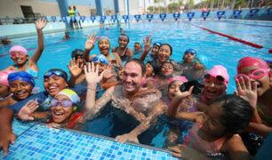 George Forsyth: piscina de La Victoria recibe certificado saludable