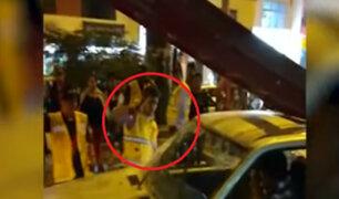 SJM: centro comercial se pronuncia tras ataque de sus trabajadores a conductor