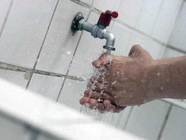 Servicio de agua potable fue restablecido al 100% en 20 distritos