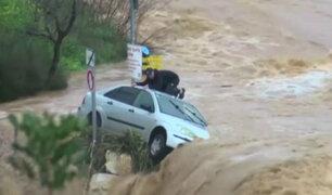 Israel: conductores quedan atrapados por inundaciones