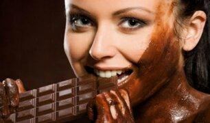 El trabajo soñado: empresa busca personal que quiera ganar dinero por comer chocolate