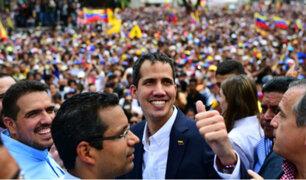 Multitudinaria bienvenida fue la que recibió Juan Guaidó tras retornar a su país