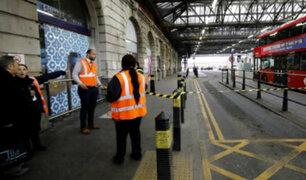 Londres: alerta por hallazgo de artefactos explosivos en 2 aeropuertos y una estación de tren