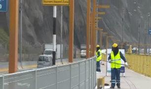 Costa Verde: retiran color amarillo de pasarela elevada en playa La Pampilla