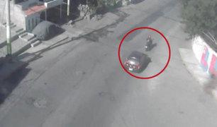 Arequipa: motociclista acabó con múltiples golpes tras ser impactada por auto