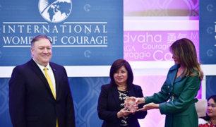 Fiscal peruana Flor de María Vega recibió premio Mujeres de Coraje de manos de Melania Trump
