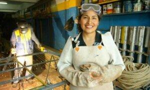 Perú subió 27 posiciones en ranking de brecha salarial entre hombres y mujeres