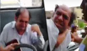 SJL: pasajeros de bus capturan a sujeto por realizar tocamientos indebidos a joven