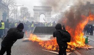 """""""Chalecos amarillos"""" vuelven a desatar la violencia en Francia"""