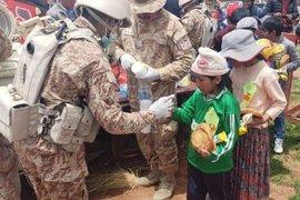 Mirave: Ejército lleva ayuda a pobladores afectados por huaico