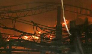 Callao: se registran explosiones por incendio en depósito municipal