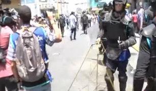 Mesa Redonda: ambulantes habían lotizado espacios con caballetes