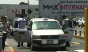 Municipalidad del Callao da 48 horas de plazo para devolver taxis al aeropuerto Jorge Chávez