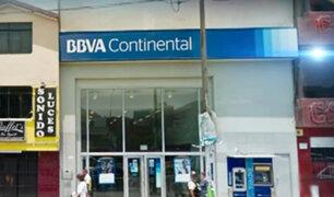 Asaltan agencia bancaria en Los Olivos