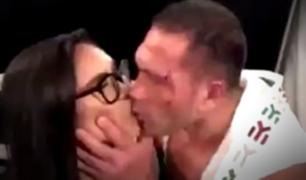 VIDEO: boxeador besa a la fuerza a reportera durante entrevista