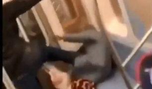 EEUU: hombre golpea a anciana en vagón de tren