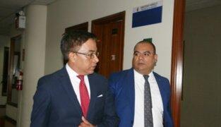 Congresista Vieira no respondió a fiscal que lo investiga por tráfico de influencias