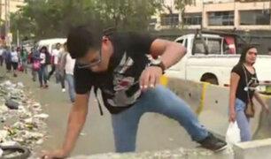 Metro de Lima: peatones caminan por la pista debido a obras de la Línea 2