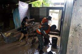 Chanchamayo: FFAA apoyan a familias aisladas tras desborde de río