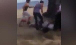 México: jóvenes quedan atrapados bajo una camioneta durante visita a una playa