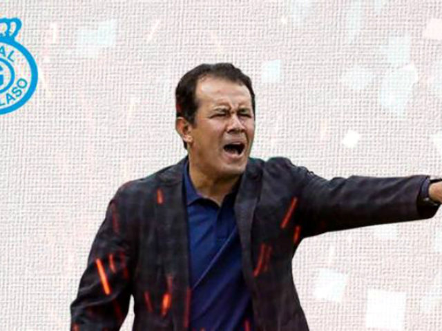 Real Garcilaso oficializa a Juan Reynoso como su nuevo entrenador