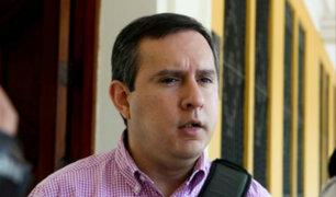 Jorge Villena: Un gran sector de la política es adicto a las consultorías