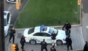 España: detienen a hombre que amenazó a transeúntes con cuchillos