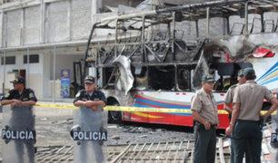 Tragedia en Fiori: bus se incendio por corto circuito en ducto de aire acondicionado