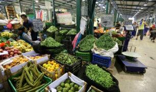 Mercado Santa Anita: denuncian mafia dedicada a venta informal de productos