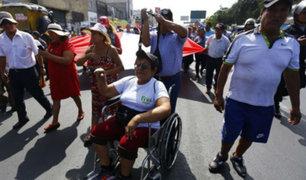 Ambulantes protestan contra operativos de desalojos en La Victoria