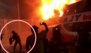 Tragedia en Fiori: difunden nuevo video de intento de rescate de pasajeros de bus incendiado