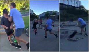 Hombre ataca a un grupo de niños por hacerle bullying a su hijo
