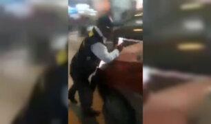 Chiclayo: colectivero casi arrolla a inspectores de tránsito