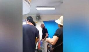 Anciano pide a gritos que lo atiendan en hospital Sabogal