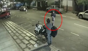Dueño de motocicleta robada en Lince pide ayuda a las autoridades