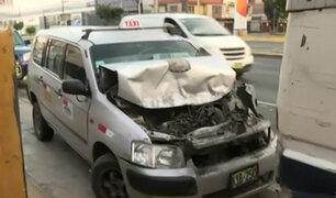 Pueblo Libre: conductor habría chocado contra bus por distraerse con su celular